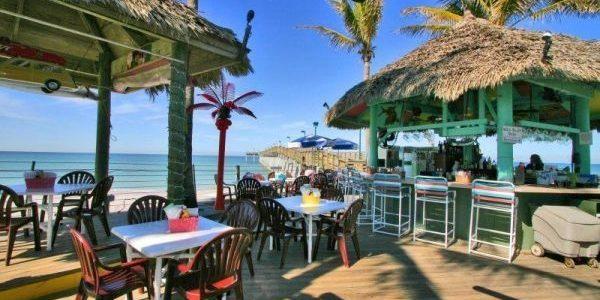 Sharkys Beach Bar in Venice