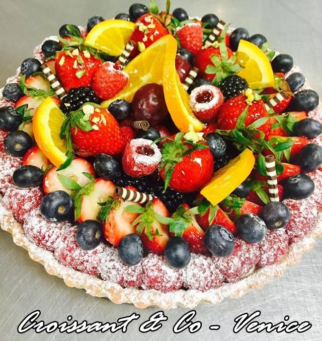Croissant&Co Fruit Cake